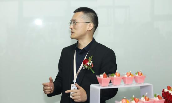汉鼎户外总经理胡伟。 企业供图