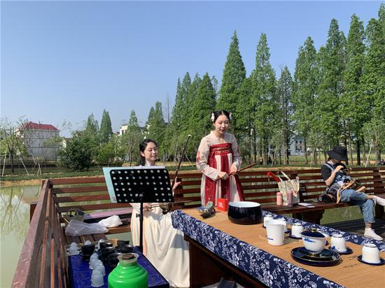 李渔戏剧小镇一期正式开园  奚金燕 摄