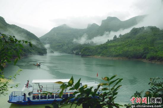 索风湖美景