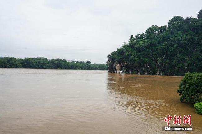 桂林持續強降雨 漓江迎來超警戒水位