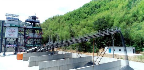 臨建高速百園破碎廠。 浙江省交通集團杭州板塊供圖