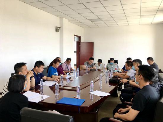 新疆空管局完成莎车导航站迁建项目竣工验收工程组现场检查工作