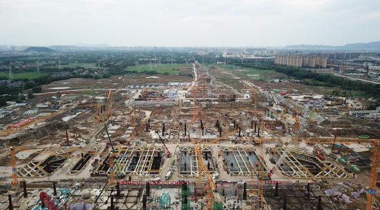 建设中的杭州西站。  王刚 摄