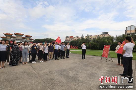 南溪山医院党员赴兴安开展红色教育主题党日活动