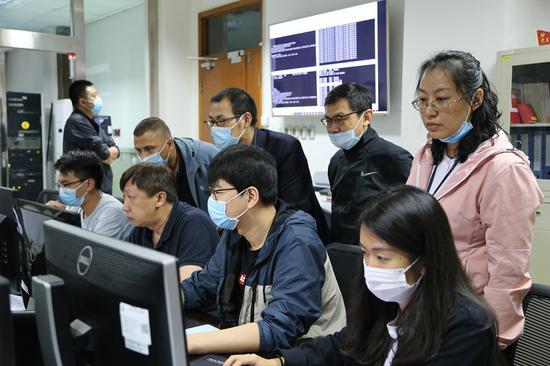 新疆空管局空管中心气象中心完成全国民航通信IP网链路割接工作侧记