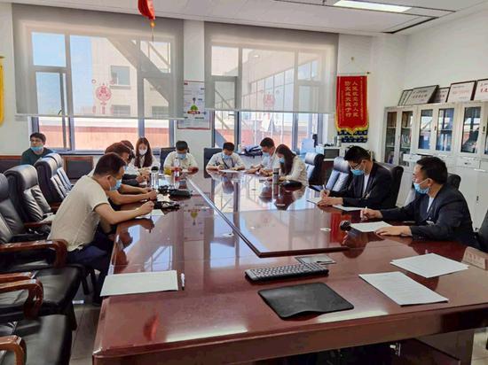 新疆空管局空管中心区域管制中心组织中巴协议宣贯学习