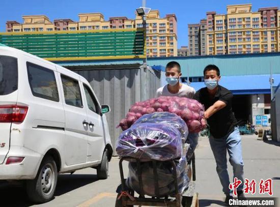 日銷蔬菜3000余噸 烏魯木齊市場蔬菜供應有保障