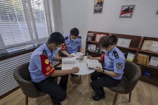 乌鲁木齐铁警战时心理疏导提升队伍战斗力