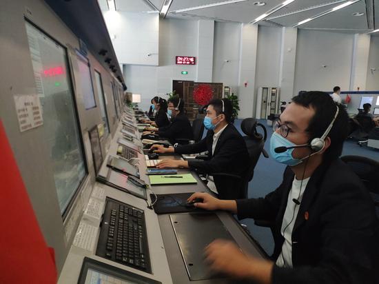 """新疆空管局空管中心区域管制中心合理布局 科学""""战疫"""""""