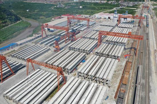金台铁路全线T梁预制完成。 浙江省交通集团金台铁路供图