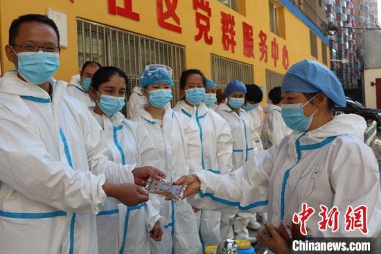 乌鲁木齐疫情救治中药参与度已达100%