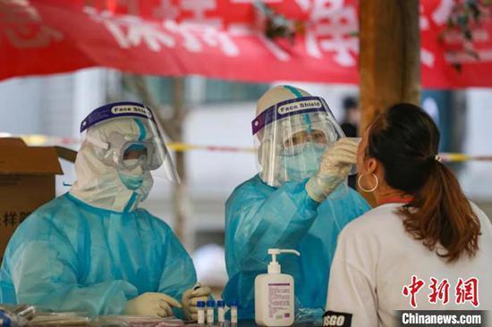 新疆兵团:重点片区开展二次免费核酸检测