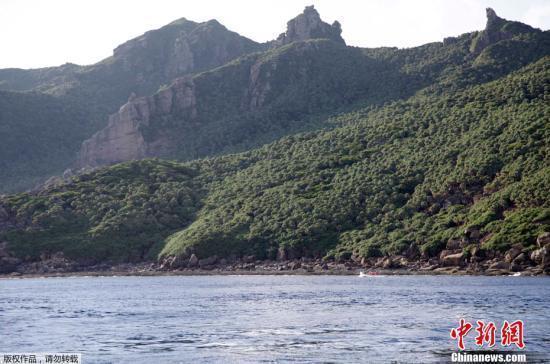 中国海警编队8月9日在中国钓鱼岛领海内巡航