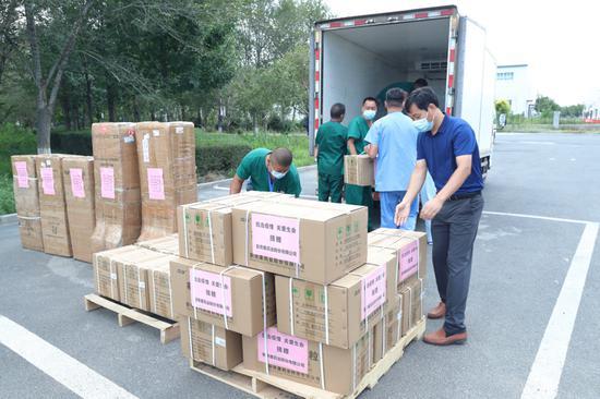 乌鲁木齐高新区(新市区)辖区企业捐赠价值35万元医疗物资