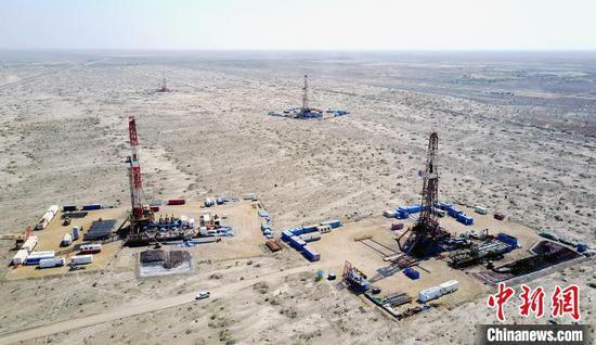 新疆油田采油二厂60年累计生产原油『突破一亿吨