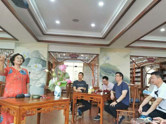 会员朗诵作品。  民建台州市委会 供图。