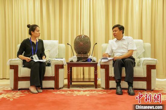 """许永锞:依托""""两国双园""""推动钦州港片区先行先试 打造中国—东盟合作示范区"""