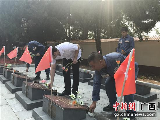 广西凭祥:胜利日纪念活动激发青年爱国情