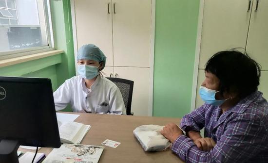 医共体建设下,老百姓看病更加方便、快捷。  余姚卫健局供图