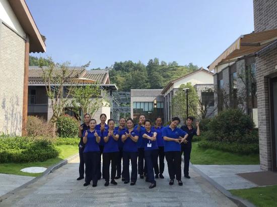 中天·智选假日酒店本地员工