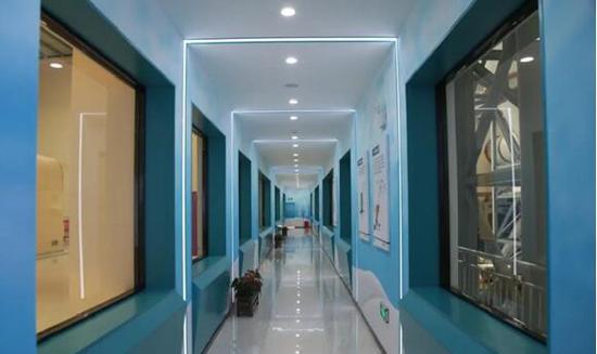 阿克苏地区学前双语教育师资培训中心。