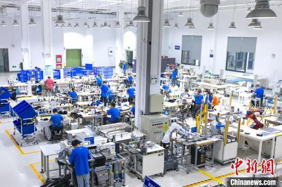 阿里巴巴犀牛智造工厂杭州投产 为全球首个