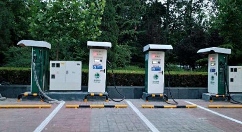 宁夏13个普通国省干线服务站点有了汽车充电桩