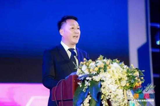 天河潭奥特莱斯总经理、 城市引擎(上海)科技有限公司董事长吴佳俊