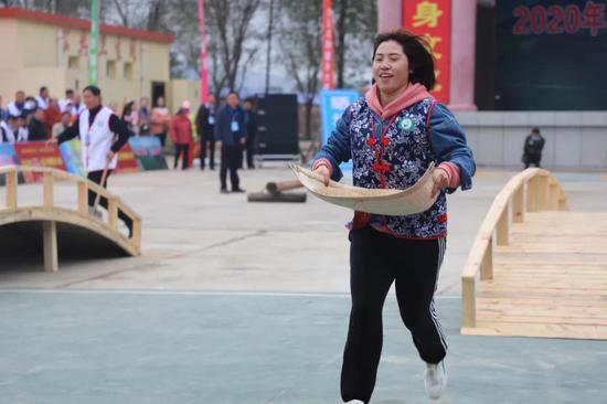 """打土坯、卖余粮……2020年""""庆丰收 迎小康""""全区农耕健身大赛激战正酣!"""