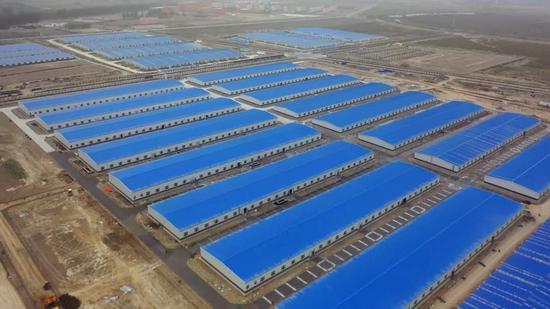 航拍阿瓦提县棉纺制造产业园。(阿瓦提县委宣传部提供。)