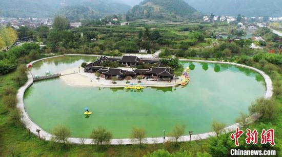 图为贵州江口国家湿地公园。 李鹤 摄
