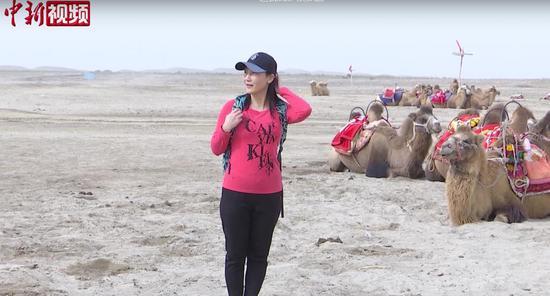 新疆喀什岳普湖县达瓦昆沙漠旅游受热捧