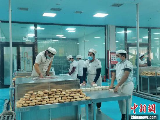 """""""保供应、稳就业"""" 新疆喀什保障企业正常生产"""