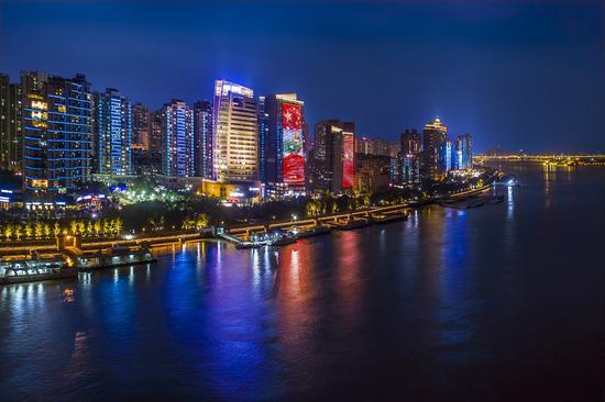 鹿城城市夜景。鹿城宣传部供图