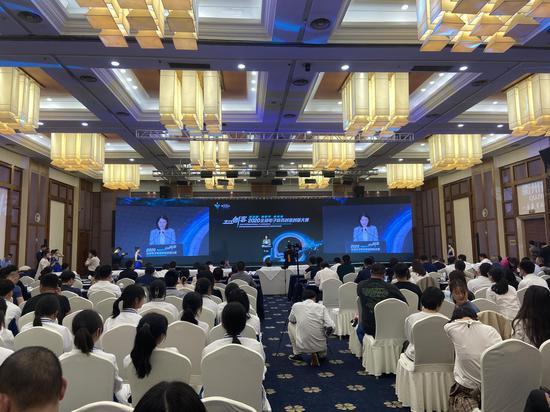 """""""之江创客""""2020全球电子商务创业创新大赛新零售电商赛区决赛暨颁奖典礼现场。黄慧 摄"""