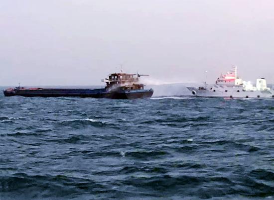 救援现场。  舟山海事局提供