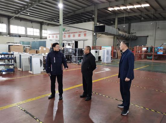 联企干部走访绿世界企业 安吉县宣传部提供
