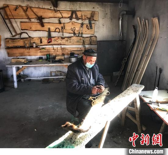 """新疆阿勒泰冬季旅游开启 打造""""旅游富民""""新集群"""