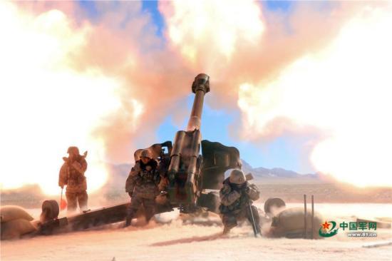 海拔4500米 新疆军区某部组织实弹射击考核