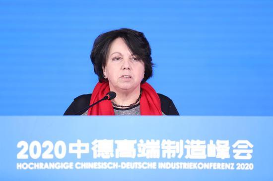 德国驻上海总领事欧珍博士在致辞。  曹海港(通讯员) 摄