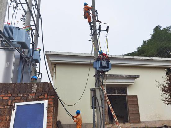 电力施工  国网三门县供电公司供图