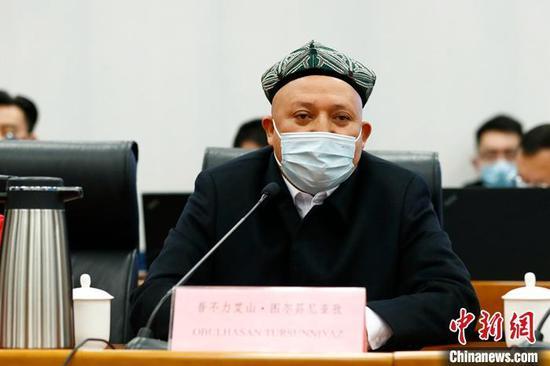 新疆宗教人士答清真寺安装摄像头:是为保护我们和信教群众的安全