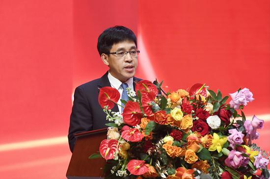 茅台集团党委副书记、总经理、茅台酒股份公司代总经理李静仁致辞