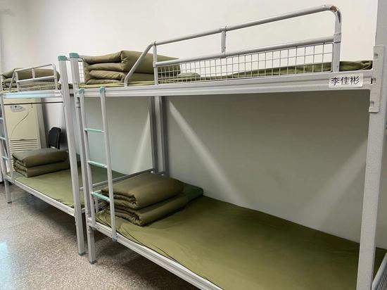 基层执法中队的备勤室。 项菁 摄