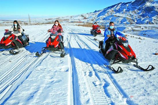 乌鲁木齐市、阿勒泰市上榜冰雪旅游十佳城市