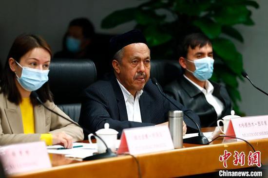 新疆宗教人士回应印尼记者:开展正常宗教活动没有受到任何限制