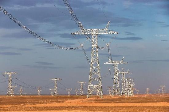 准东-皖南±1100千伏特高压直流输电工程建成投运。刘文龙 摄