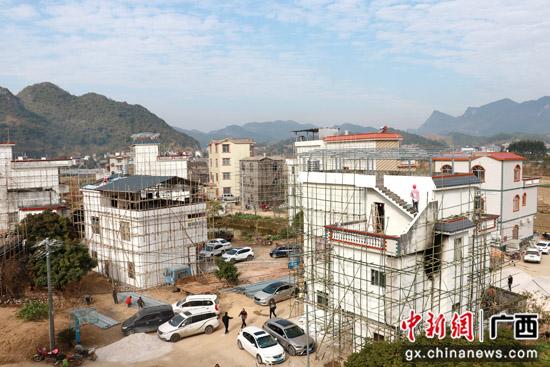 广西平乐县:乡村风貌好 农家日子甜
