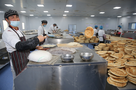 新疆察布查尔县:馕产业带动农牧民就业