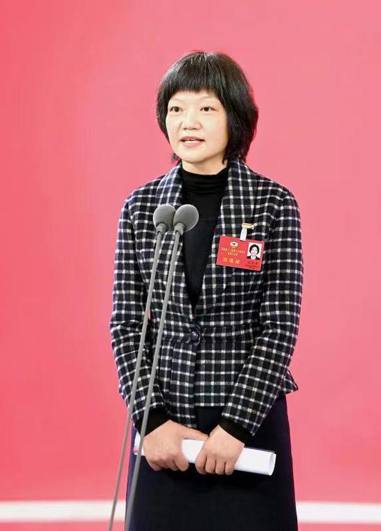 浙江政协委员林丹军:家庭应以崇学为媒  大力培育优良家风